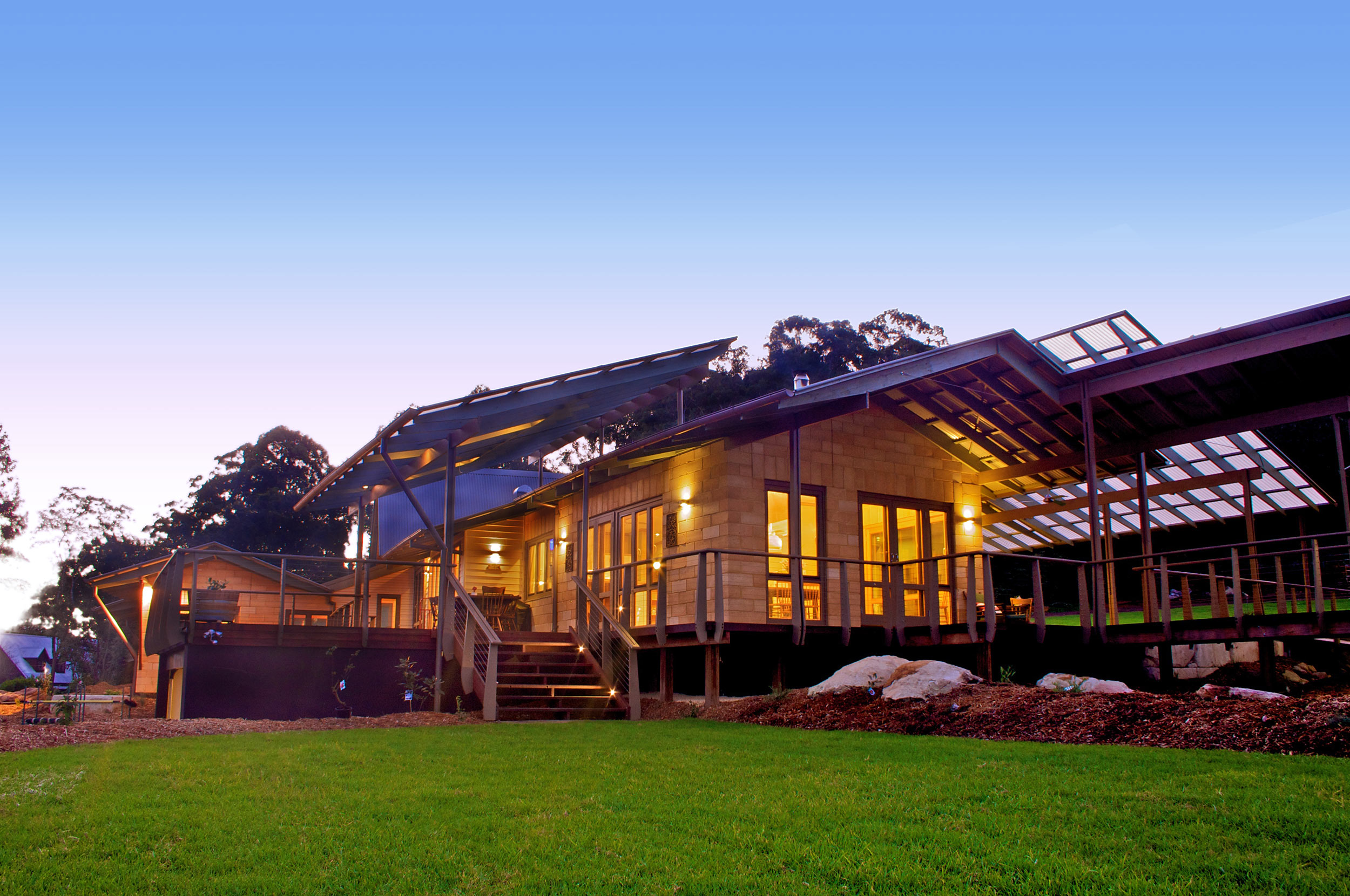 Yarrabee – Luxury Home by Rustic Touch